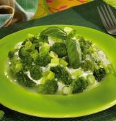 Brokolice_v_bazalkovem_jogurtu